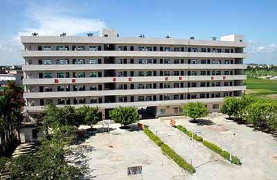 吴川市电子信息职业高级中学
